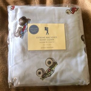 NWT Pottery Barn Kids Extreme Machines Duvet